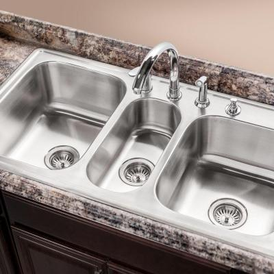kitchen sink buying guide selecting the ideal kitchen sink at the home depot 5659