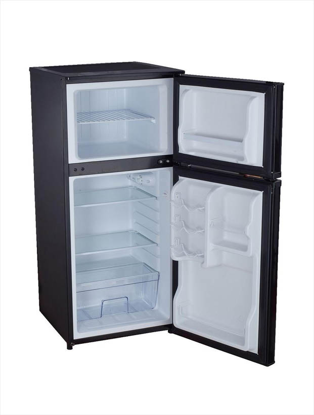 Magic Chef 4 3 Cu Ft Mini Refrigerator In Black